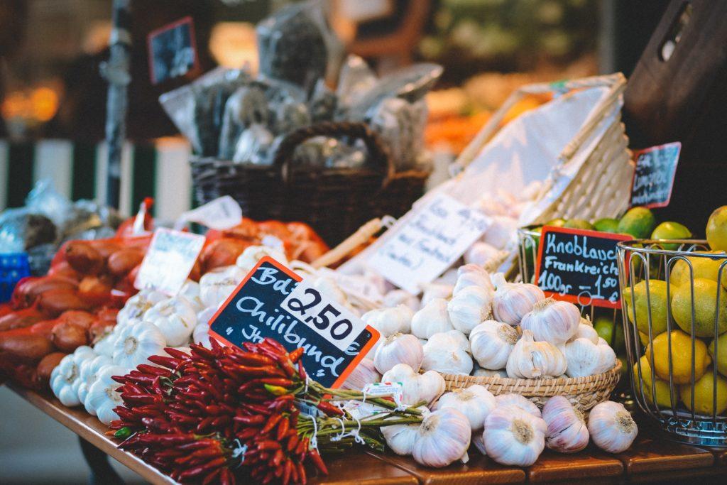 Légumes en vrac dans un marché